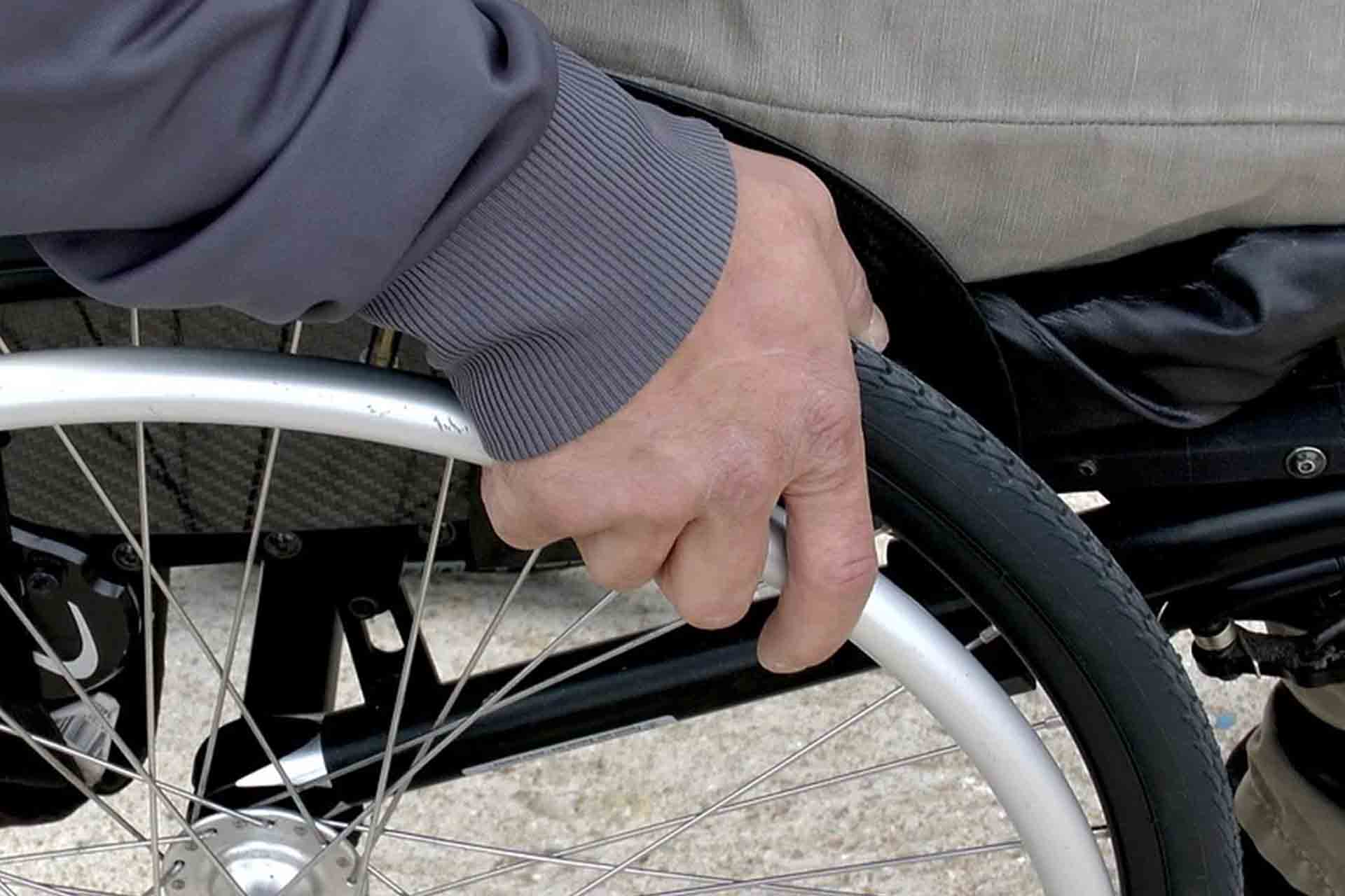 Enordis nace en 1998 con el objetivo de impulsar y facilitar el acceso al empleo de las personas con discapacidad.